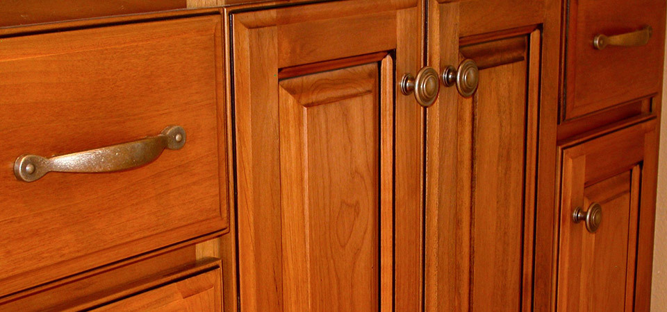 Well-Priced Kitchen Cabinet Doors and Handles in Ottawa
